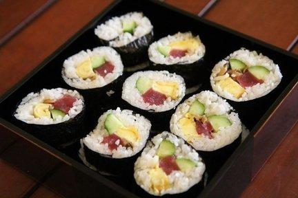 241 – Sushi: Tuna Roll – Japanese Recipe / سوشي لفات التونة