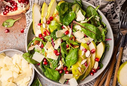 753- Pear Pomgrenare Salad / سلطة الاجاص والرمان