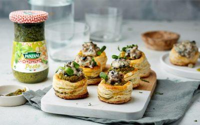 889- Mushroom Vol au Vent with Pesto Sauce/  فول أو فون بالفطر وصلصة البيستو