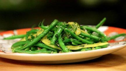 266 – Green Bean Salad with Shallot Mint Vinaigrette Recipe / سلطة الفاصوليا الخضراء مع النعناع و الخل