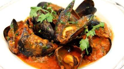 283 – Mussels (Moules) Moroccan Style Recipe / بلح البحر (مولس) بالطريقة المغربية