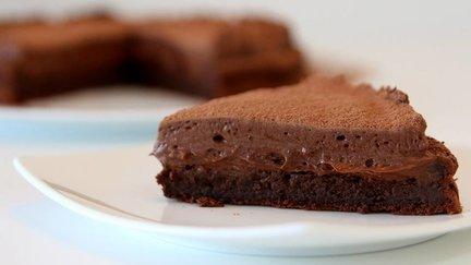 369 – Chocolate Mousse Cake / كيكة الشوكولاتة الرغوية