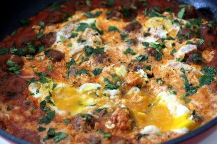 372 – Tagine of Meatballs and Eggs / طاجن البيض وكرات اللحم