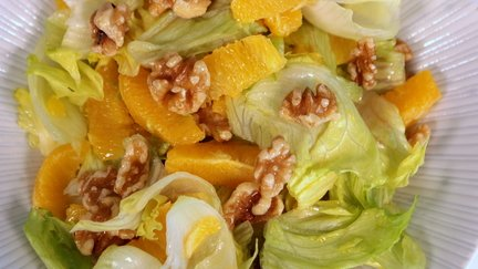 398 – Moroccan Orange Walnut Salad / سلطة البرتقال والجوز