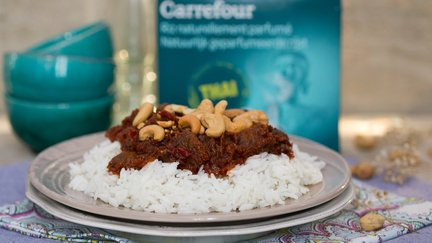 478 – Sauted beef with cashew nuts / لحم البقر معجوز الكاجو