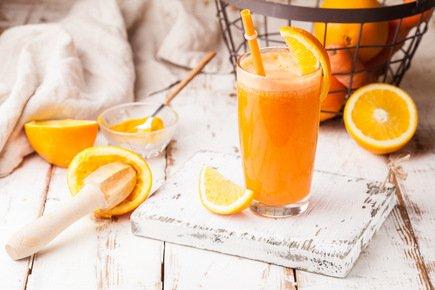 627- Carrot Orange Smoothie / عصير الجزر و البرتقال