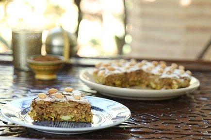 695- Sweet Chicken-Almond Pastilla / بسطيلة الدجاج واللوز