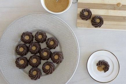 758- No Baked Peanut Cookies / حلوة الكاوكاو بالشوكولاتة
