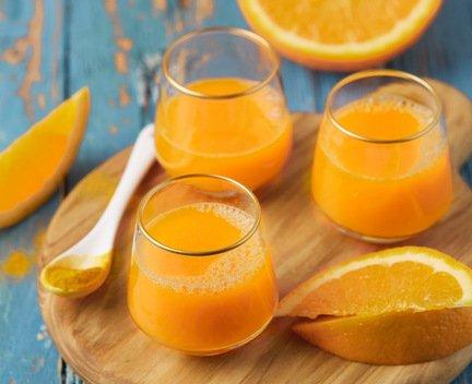 779- Jus de Carotte et de Curcuma / Carrot and Turmeric Juice