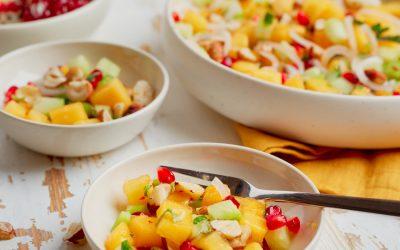826- Spicy Persimmon Pomegranate Salad / سلطة حارة بالكاكي والرمان