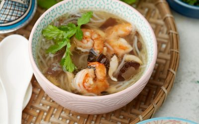 884- Soup with Shrimp and Glass Noodles / حساء بالقمرون والشعرية الصينية