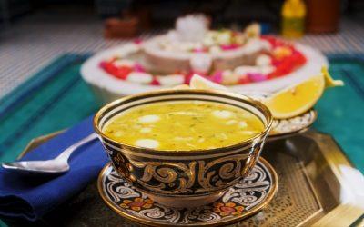 871- Soupe De Poulet Aux Amandes / Chicken and Almond Soup